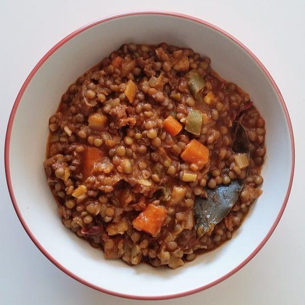 Lentil stew. Potaje de lentejas