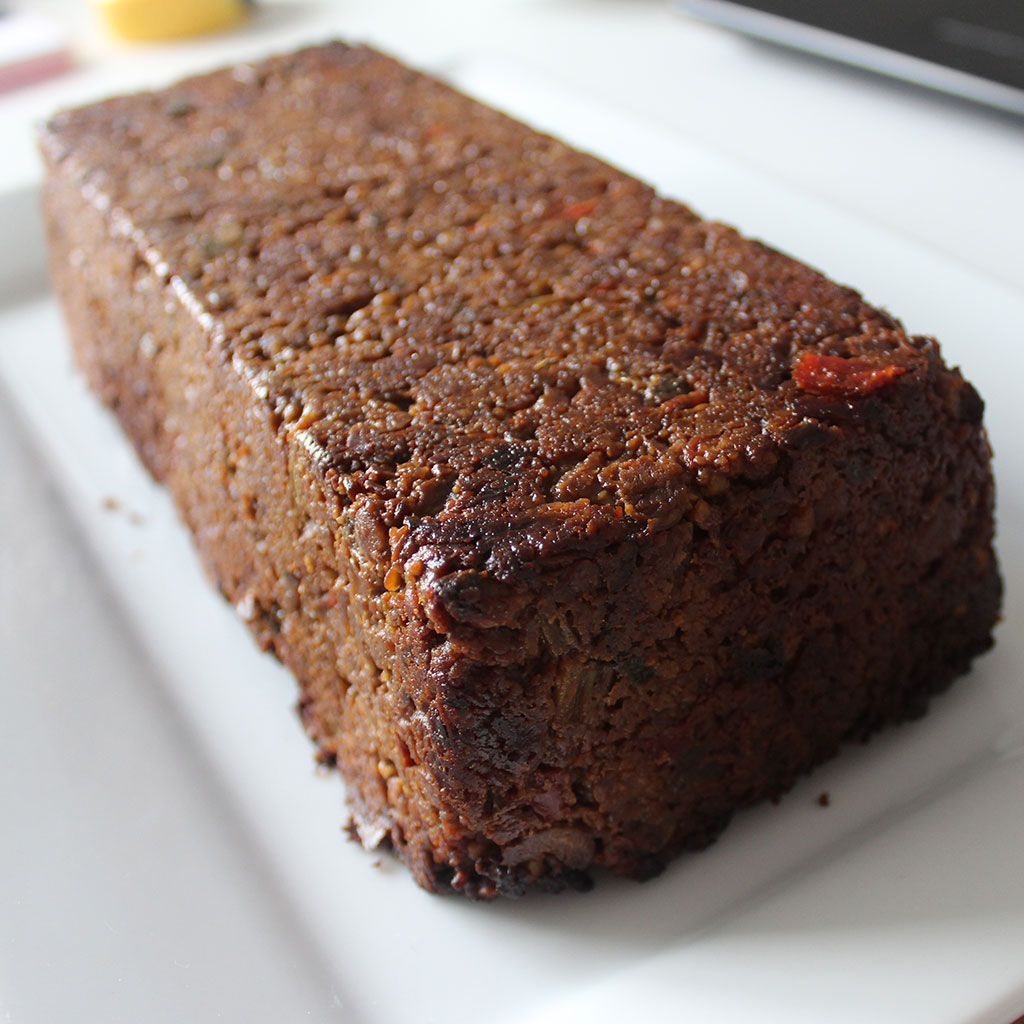 Vegan lentil and nut roast