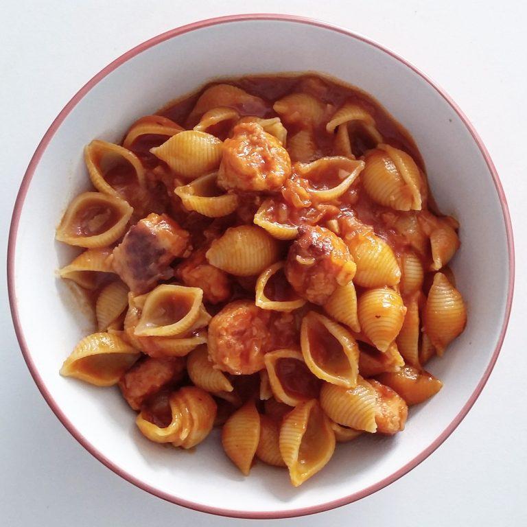 Pasta with veggie sausages