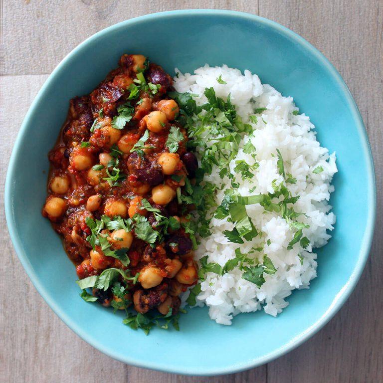Three bean chilli, vegan
