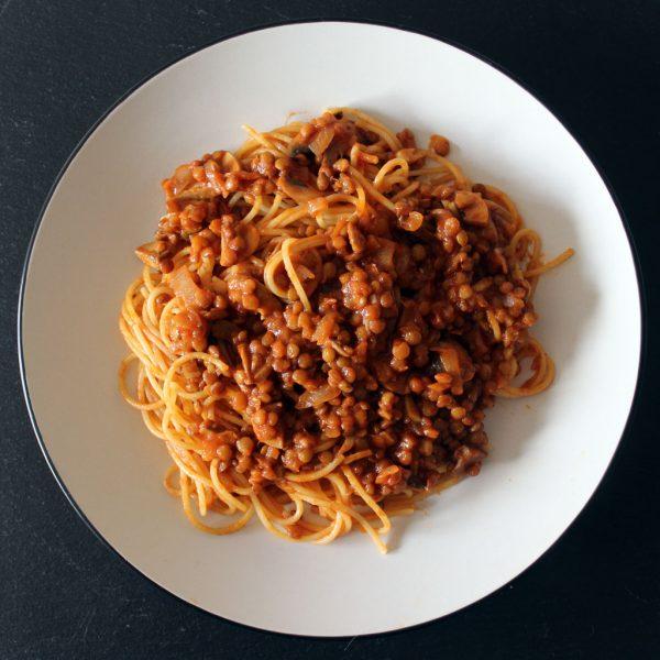 Lentil bolognese with mushrooms