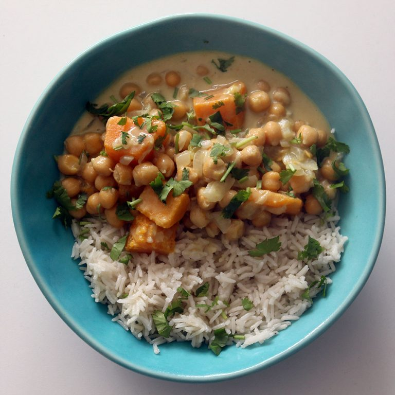 Thai green curry with chickpeas and butternut squash