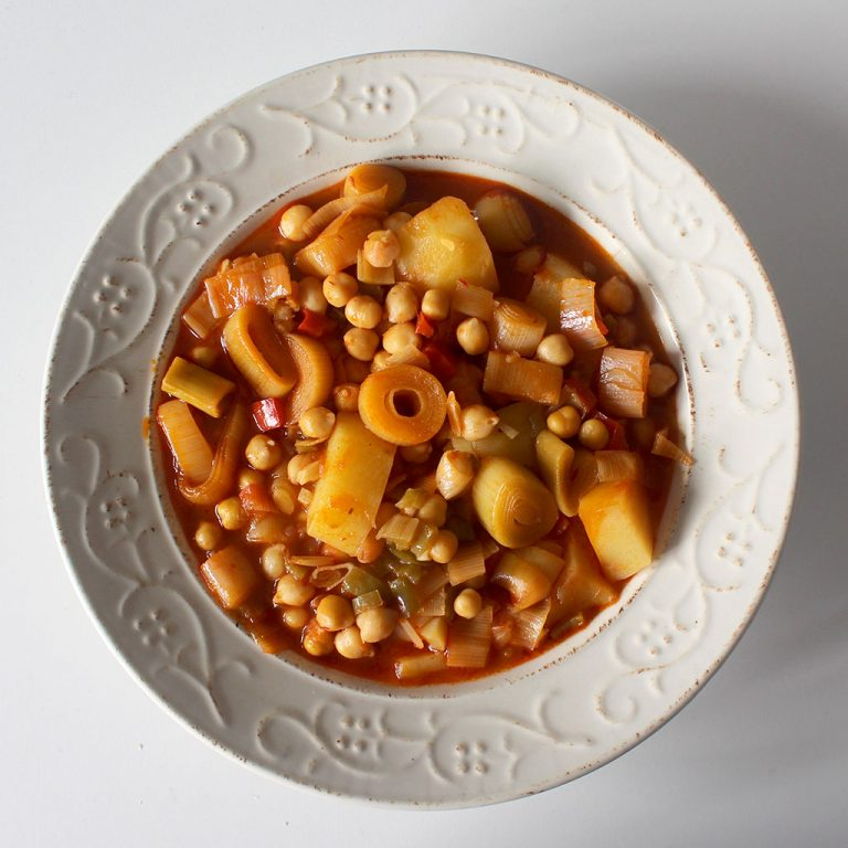 Chickpea and leek stew