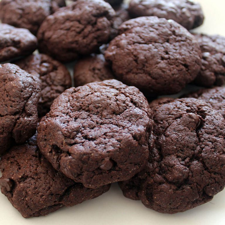 Double chocolate chip cookies, vegan